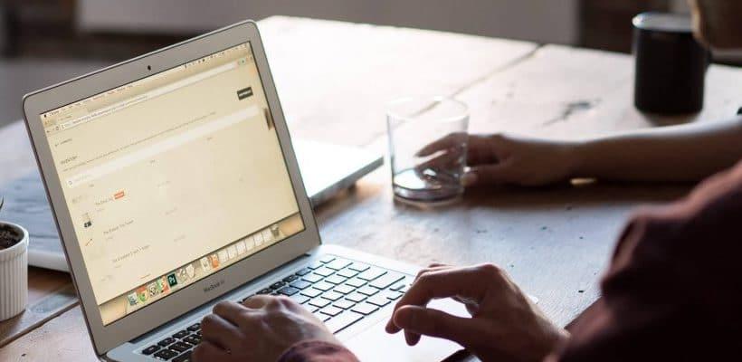 Validation d'identités et adresses dans votre CRM